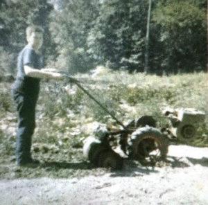 Paul Migut at Pon's garden