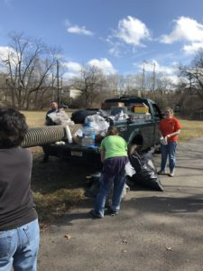 Gomez - river-cleanup 2.25.2017